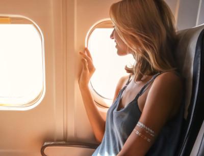 Soczewki kontaktowe a lot samolotem